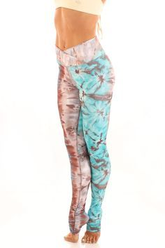 Gaby Legging - Bluebee This has to be one of the most adoreable yoga pants I hav...