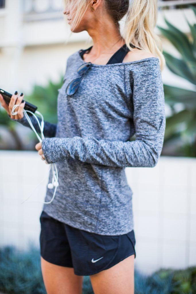 Sport outfit - Fitness Women's active - amzn.to/2i5XvJV