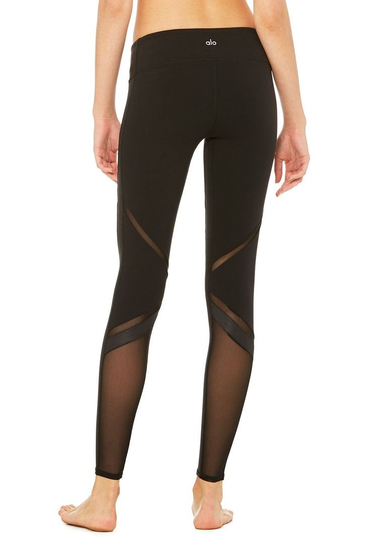 The perfect intersection of fashion and function, the modern Epic Legging is an ...