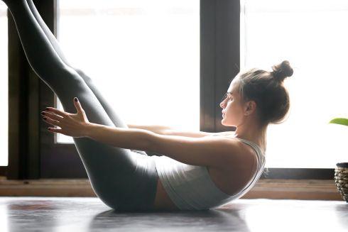 Yoga abs boat pose. Find more relevant stuff: victoriajohnson.w... #YogaVictoria...