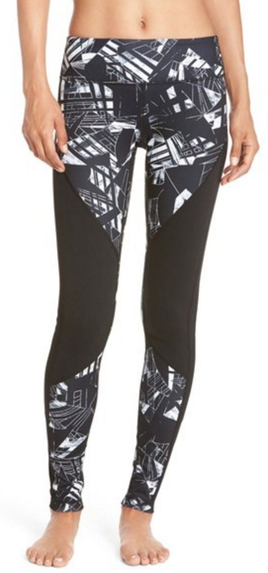 Black and white geometric colorblock yoga pants