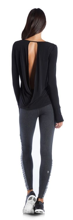 Ellie | Outfits | Workout and Activewear Collections. I love this top. Go With T...