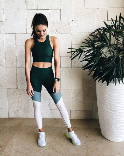 outdoor voices workout outfit
