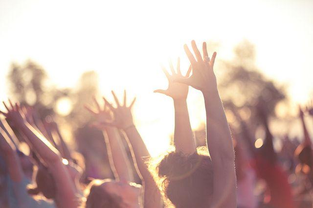 40 Creative Yoga Class Themes