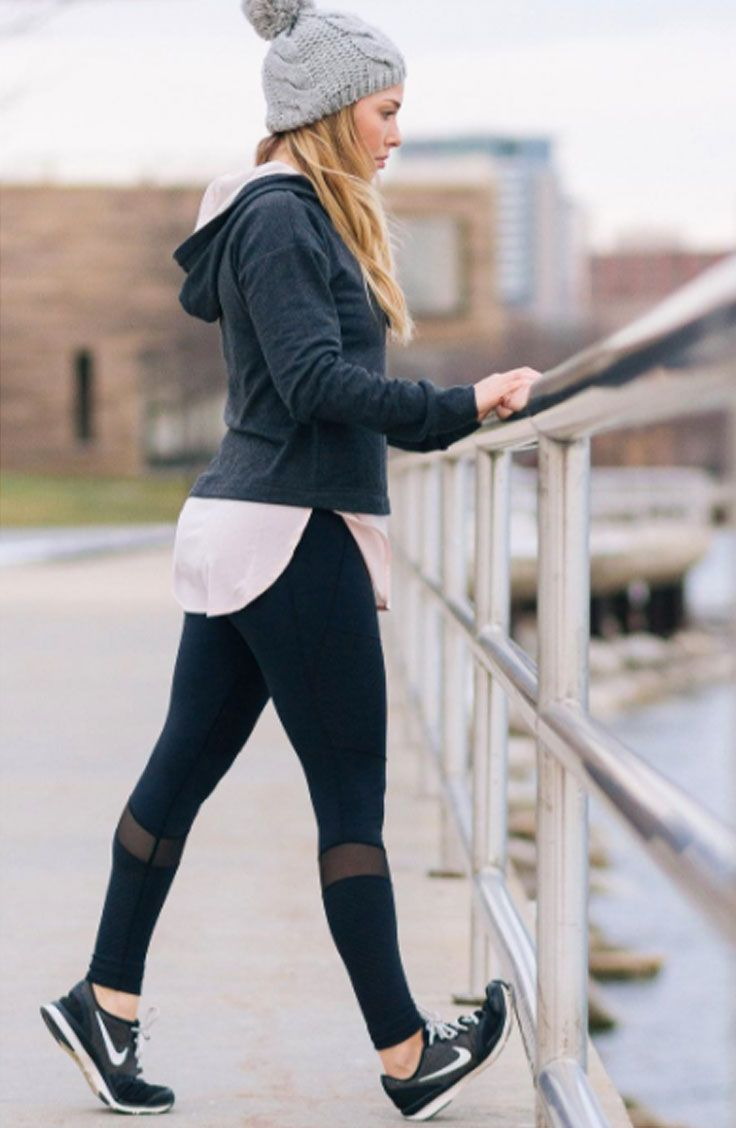 Get top-to-bottom comfort and style with the CALIA™ by Carrie Underwood Women&...