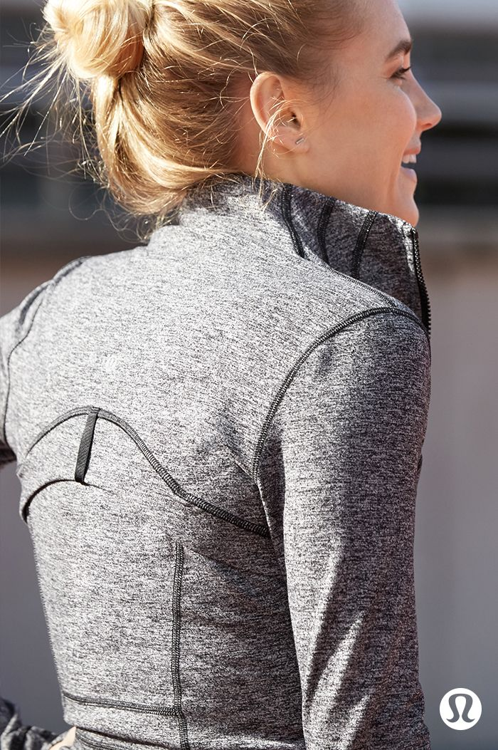 Lightweight layers for days on the run.