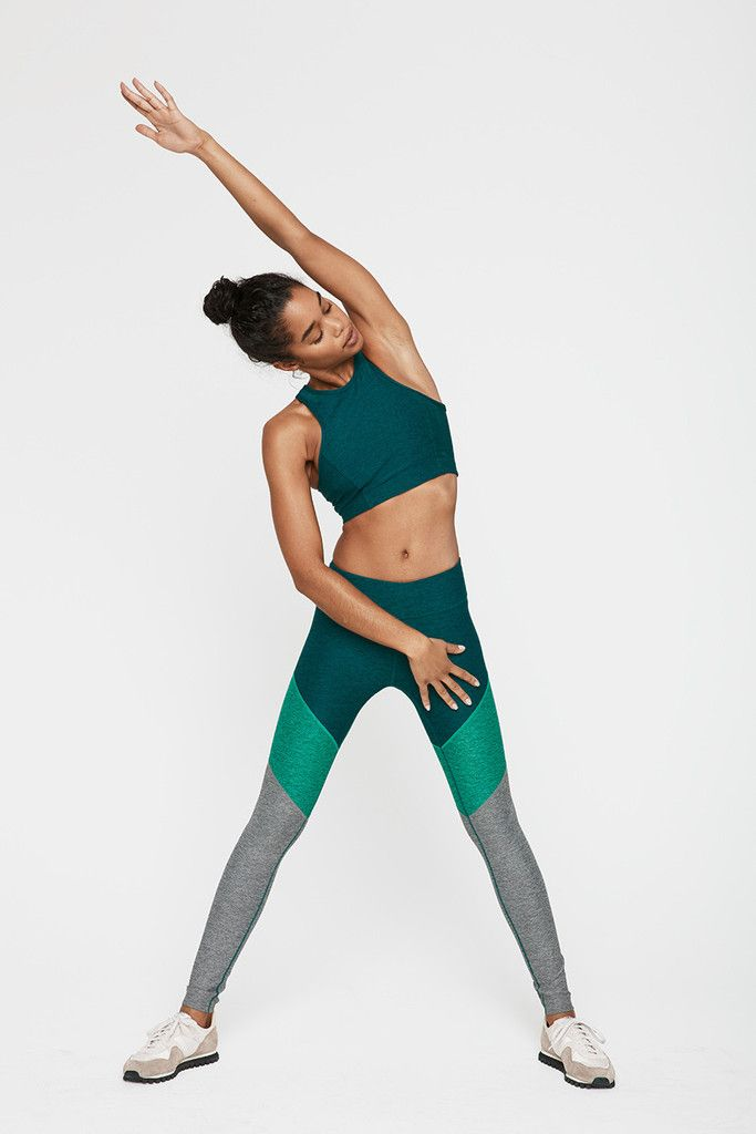 Part of our Warmup Legging team, the Springs add an upward chevron aesthetic to ...
