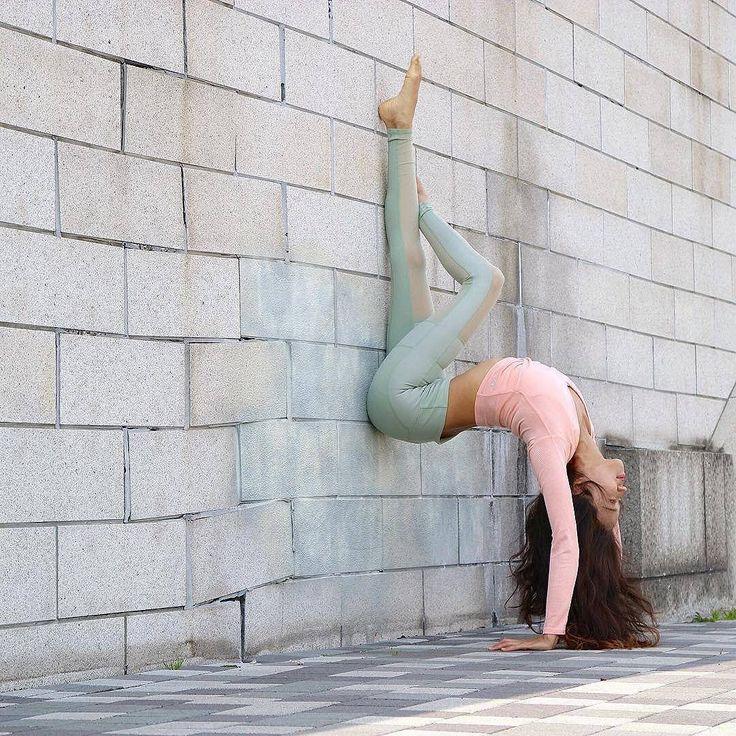 Regram @yogainspiration Kennetta Loretto via @yogachannel Enjoy yoga everywhere