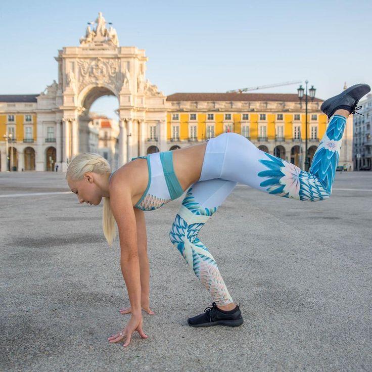 The Alo Yoga Gypset Goddess x Alo Airbrush Legging #yoga #yogainspiration