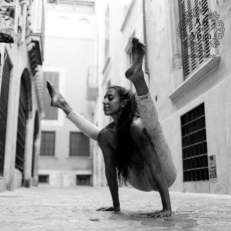 Inspiring Yoga Poses   Find more stuff: www.victoriasbest...