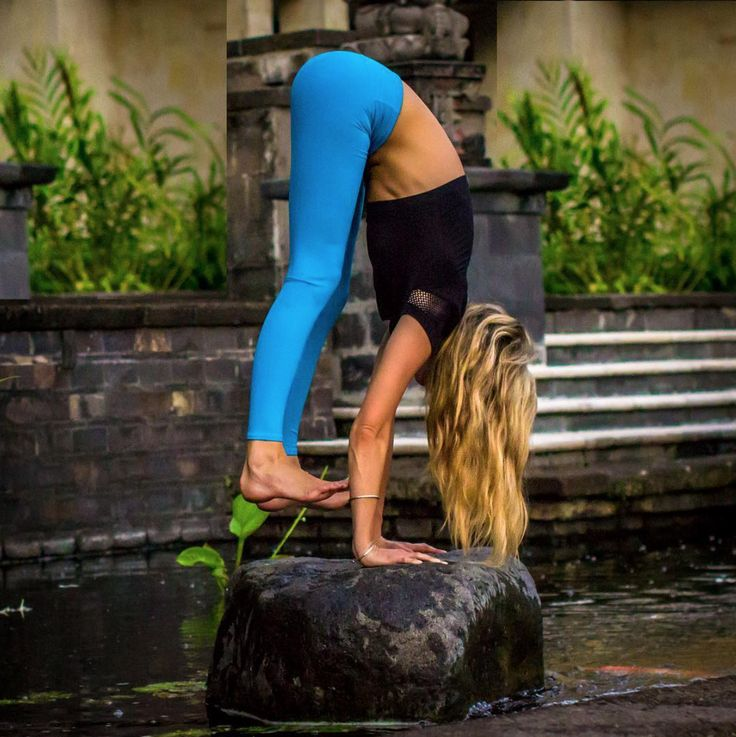 Ashley Galvin is featured in the #AloYoga Airbrush Legging #yoga #inspiration #s...