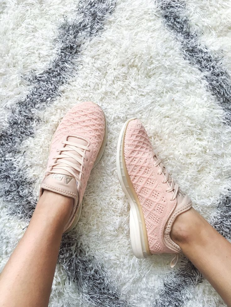 This Is the Hot New Shoe You've Been Seeing at the Gym (and All Over Instagr...
