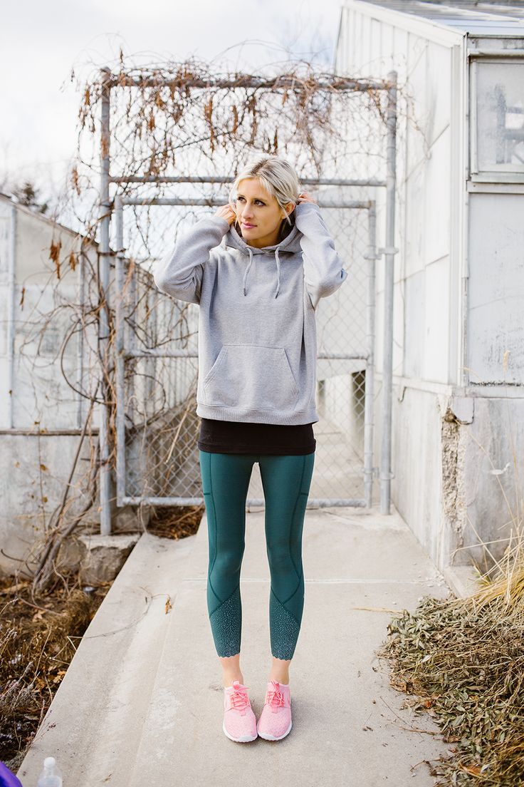 Fit Friday: 3 Reasons You Need a Fitness Community (BBG Week 5) - Little Miss Fe...