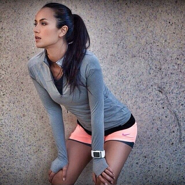 It's never too cold to workout in my peach Nike Circuit 2 in 1 woven shorts