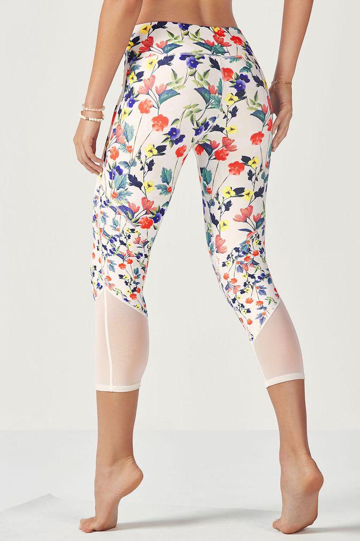 Bega - Fabletics FitnessApparelExp... ♡ Women's Workout Clothes | Yoga Tops | ...