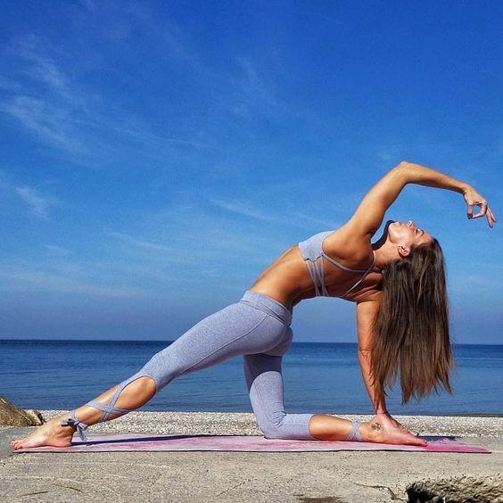 I'd like to have those yoga leggings