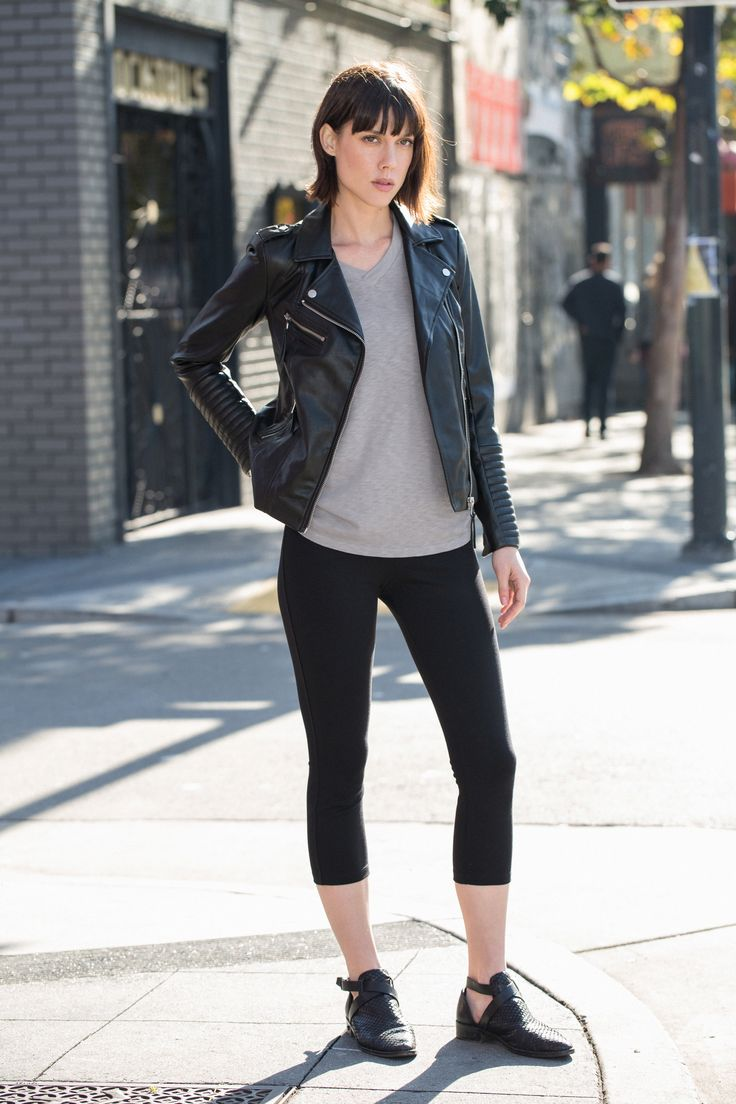 """Meet the Cropped Pant. A """"best-of-all-worlds"""" stretch pant. Made in USA."""