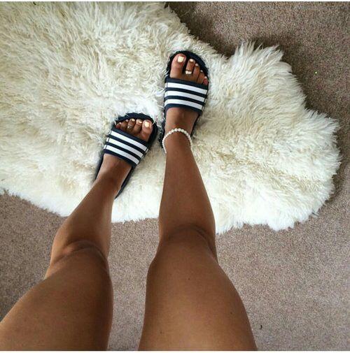Pinterest: Aishahhxo✨ Clothing, Shoes & Jewelry : Women : Shoes amzn.to/2kJsv4...