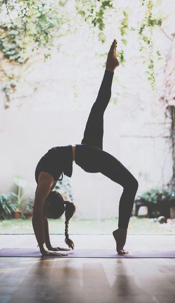 Yoga ist so viel mehr als ein effektives Ganzkörper Workout. Wir erklären, was...