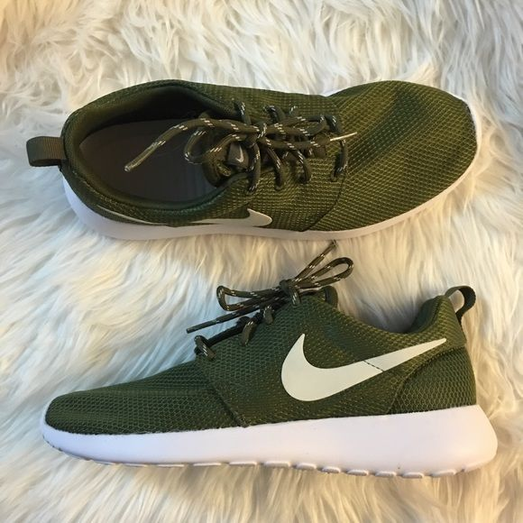 Women's Nike Roshe Olive Mesh Brand new with original box but no lid. Nike S...