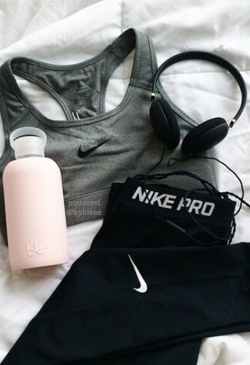 nike pro #fitspo | New Women's Workout Clothes | Gym Clothes | Running Clothes...
