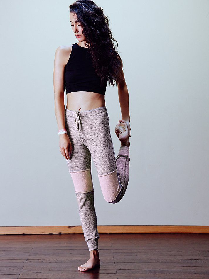 Barre Legging | An on-pointe way to get from point A to B, these heathered Frenc...