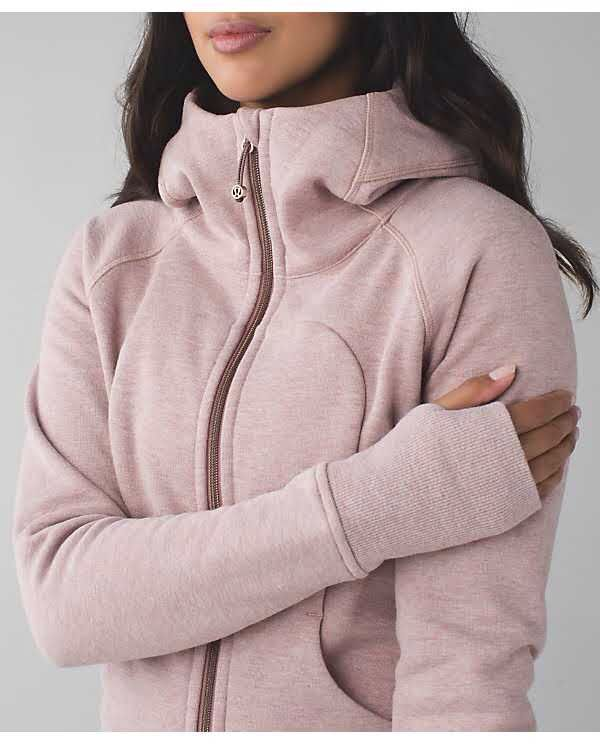Looks so cozy, love that it zips all the way up and love the thumb holes.