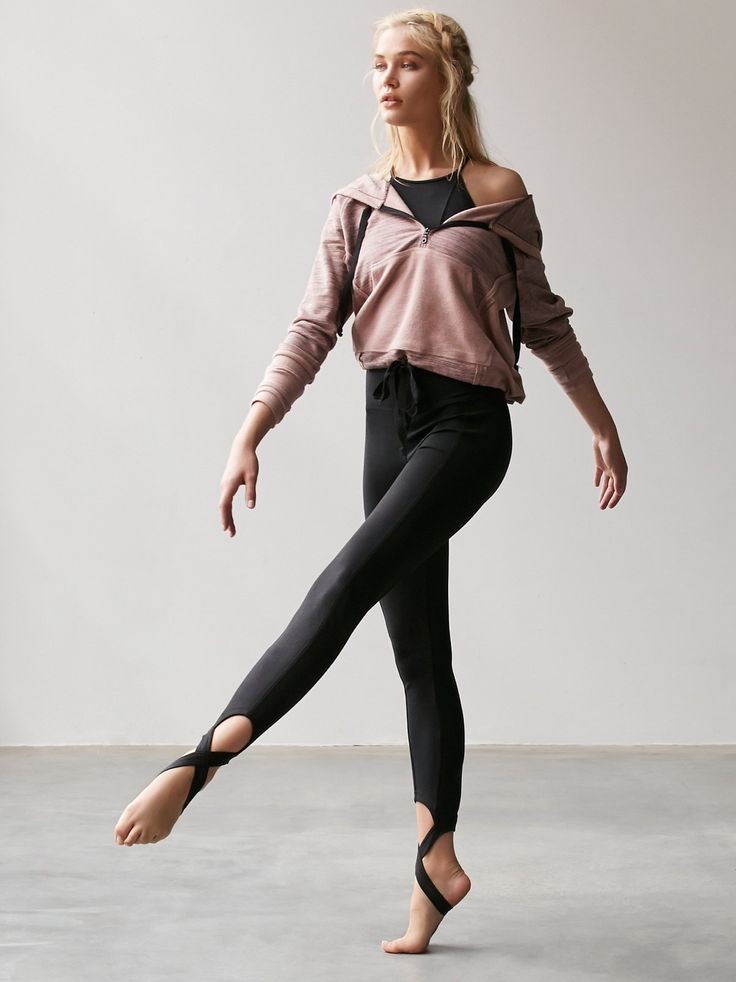 Crosstown Legging | Head to the studio in these workout-ready leggings with Pico...
