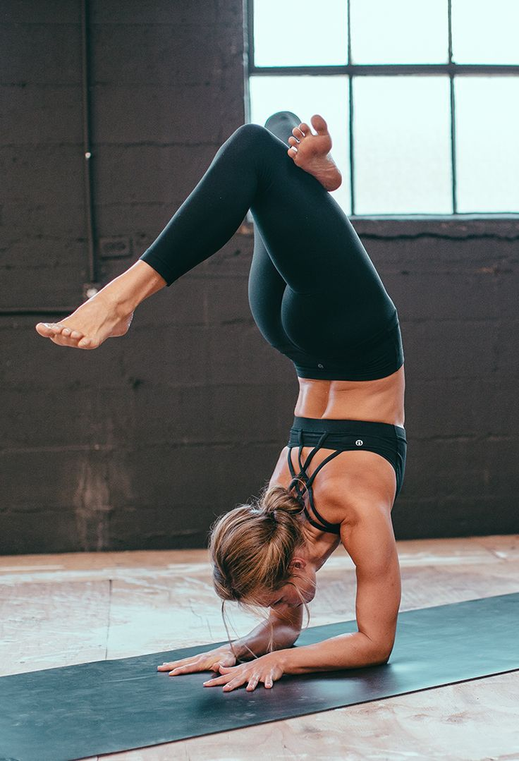 yogaparadise:  forearm stand #yoga