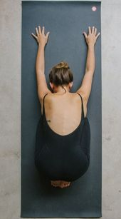9 Expert Tips For Getting Into Yoga