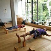 """Olga Ilinskaya Yoga Studio on Instagram: """"В нашей студии началась пятая,заключительная неделя цикла. Она посвящена восстанавливающей практике и пранаяме. Сегодня на занятии Людмилы…"""""""