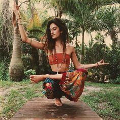 bohemian boho style hippy hippie chic bohème vibe gypsy fashion indie folk dres...